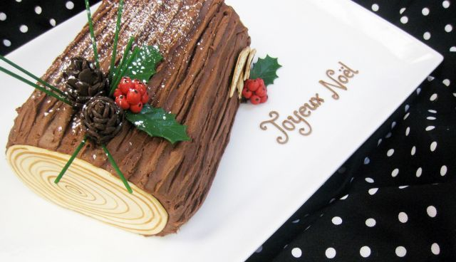 Yule Log Large 2 1280x736